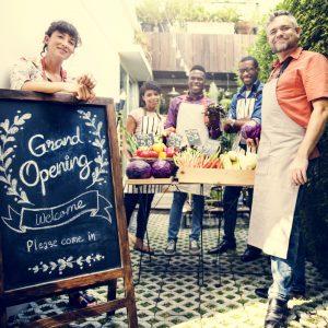 Geschäftliche Eröffnung